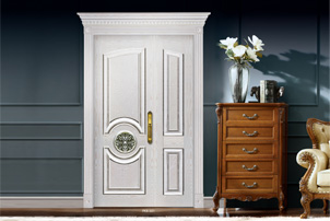 What is the difference between a full wooden door and a solid wood door?